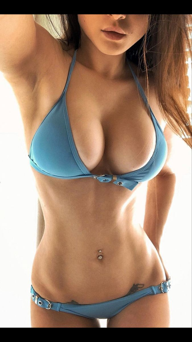 Pin on fit Ripped babes
