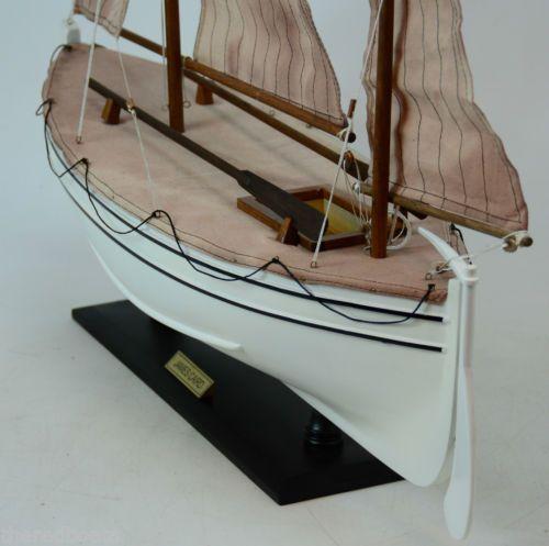 James-Caird-Sir-Ernest-Shackleton-Handcrated-Boat-Model-New