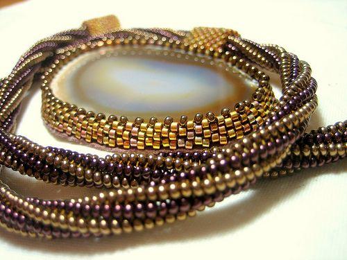 Herringbone tutorials including twisted herringbone, inserts, etc.: Herringbone Patterns Beads, Beads Tutorials, Free Pattern, Beads Bracelets, Herringbone Stitches, Beads Patterns, Herringbone Tutorials, Mom Necklaces, Beads Jewelry