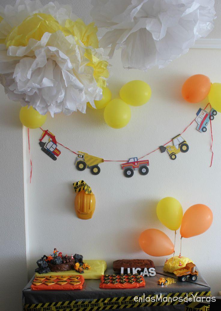 Fiesta de cumpelaños para niños. Temática obras+Receta+DIY decoración #enlasmanosdeyaras #MesasDulces