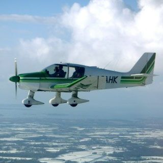 30 Minute PPL Flying Lesson - a fully comprehensive Private Pilots Licence (PPL) training package including certified Flying Training, Ground School and pre test preparation.
