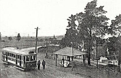 The East Preston Tram Terminus on Tyler St in Preston,Victoria in 1920.    🌹