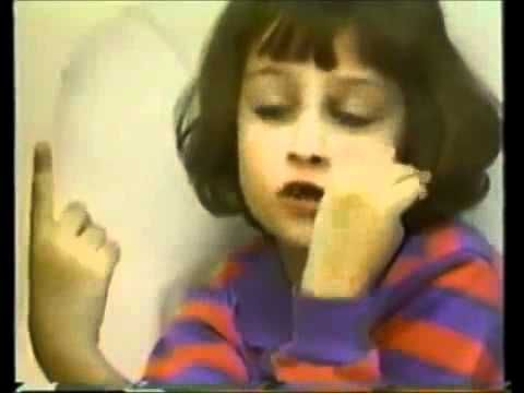 A Ira de um Anjo (Child of Rage) - Documentário COMPLETO [Legendado PT-BR] - Such a good example why therapy is important in our lives! This kid suffered on her early childhood and it made her became agressive and violent. It really worth watching it!