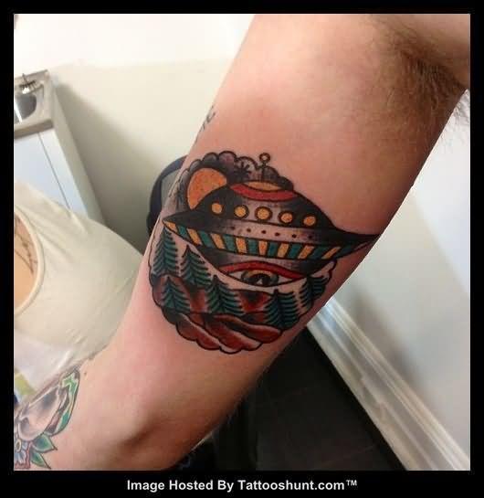 alien spaceship tattoo - photo #5