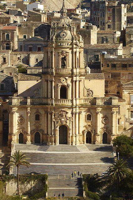 L'Insigne collegiata di San Giorgio - architect Rosario Gagliardi, Ragusa, Sicily, Italy (by ionut iordache)