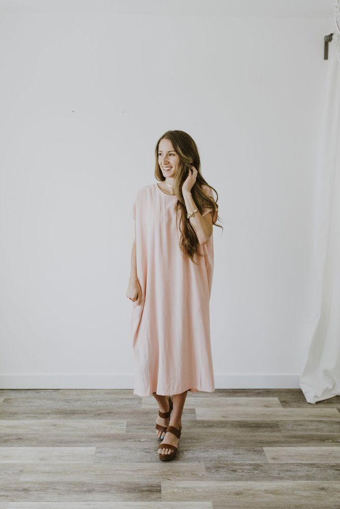 Women's Dress, Linen Dress, Blush Dress, Blush lane, Blush Lane Boutique, Utah Boutique, Online Women's Clothing Boutique, Women's Clothing
