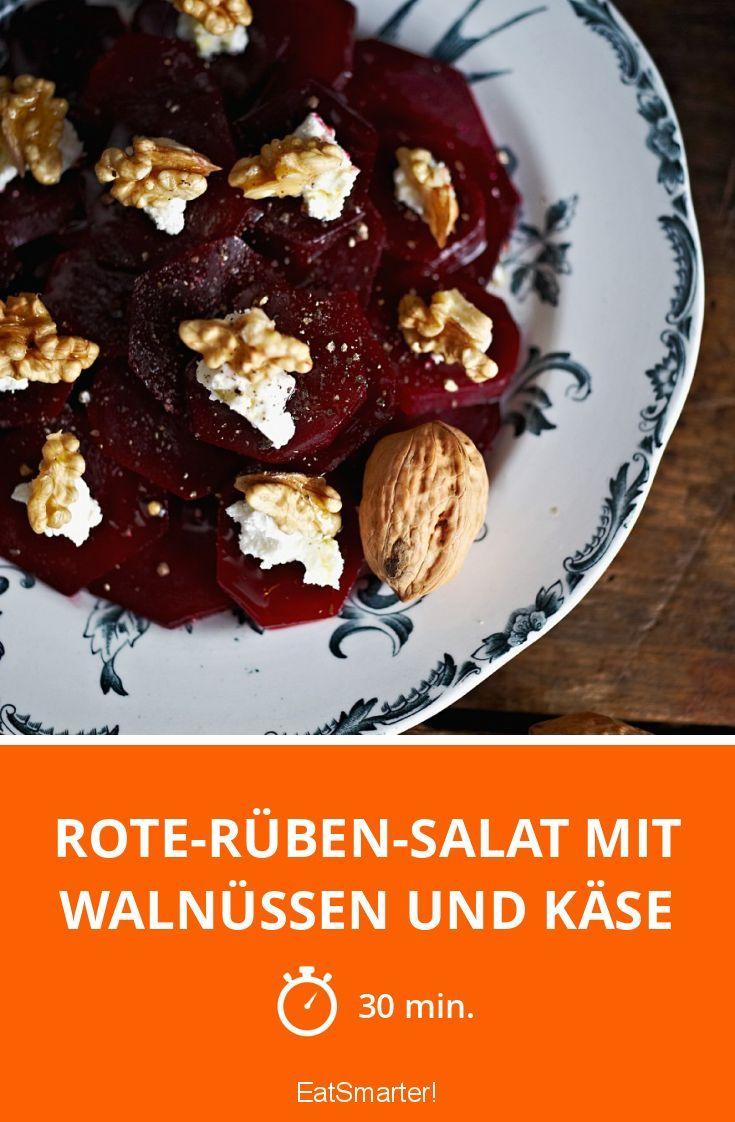 Rote-Rüben-Salat mit Walnüssen und Käse | http://eatsmarter.de/rezepte/rote-rueben-salat-mit-walnuessen-und-kaese