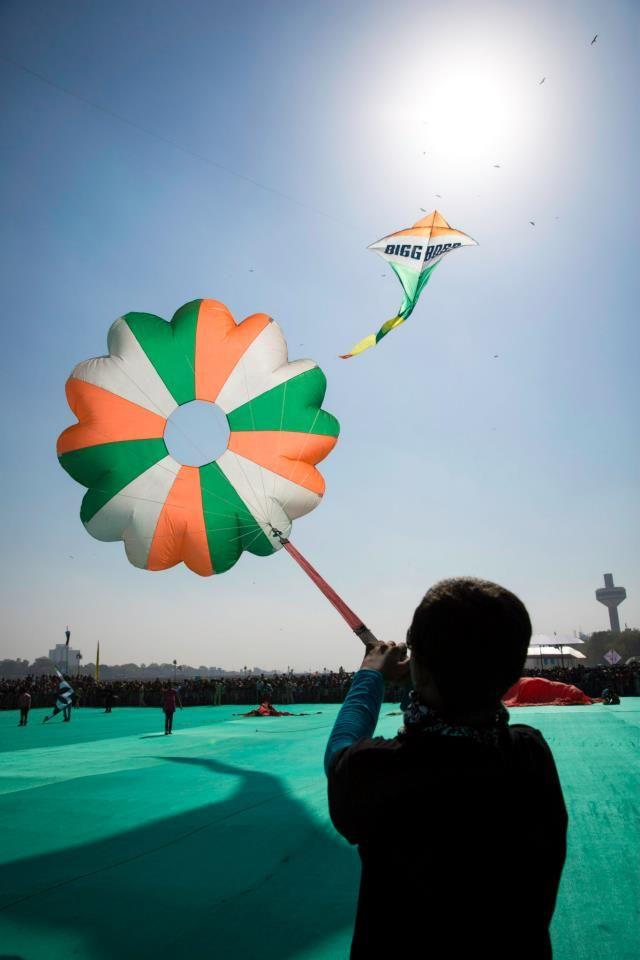 Akash Solanki - Kite Flyers India - Co-Founder of Royal Kite Flyers India.
