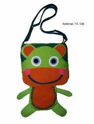 Tas handmade yang lucu,murah,yang berkarakter binatang berpaduan warna hijau yang cantik dengaan harga:Rp 89.000 kode  tas:Ts.136     *Untuk order atau info selanjutnya langsung hubungi 0896 7993 2943