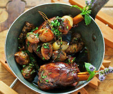 Rezept: Lammkeule geschmort mit Topinambur