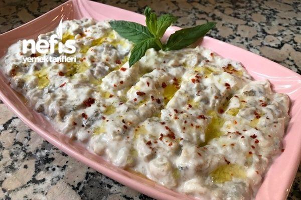 Yoğurtlu Köz Patlıcan Salatası