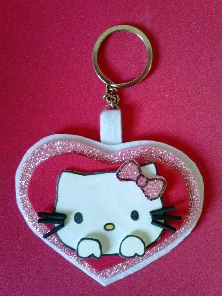 LLavero en goma eva de Hello Kitty¡