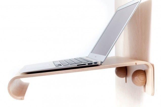 Wood laptop shelf by Nordic Appeal