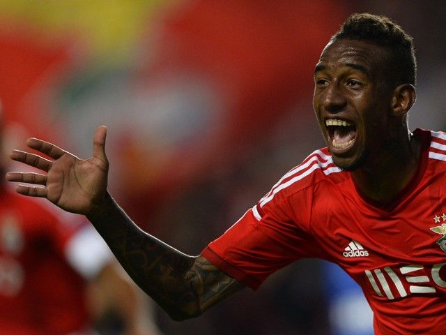 Anderson Talisca arrives in UK to seal Wolverhampton Wanderers switch