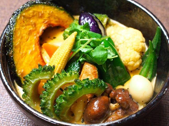 札幌に行ったら絶対に食べたい!「スープカレー」の名店10選 | RETRIP[リトリップ]