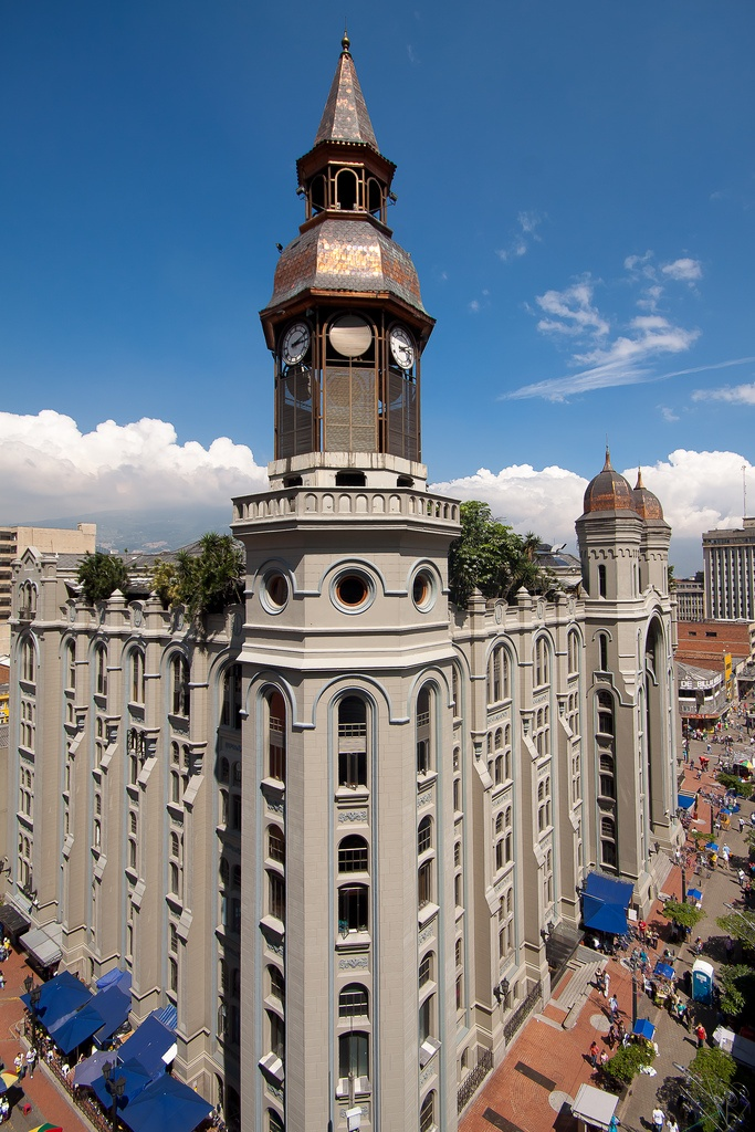 Palacio Nacional. Conoce #Medellin con #EasyFly tu #DestinoFavorito. Más en www.easyfly.com.co/Vuelos/Tiquetes/vuelos-desde-medellin