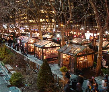Located in midtown New York in the shadow of the Empire State Building, the Winter Village offers everything from winter apparel and jewelry to decorations and seasonal foods in more than 125 boutique shops dotting Bryant Park's tree-lined paths.