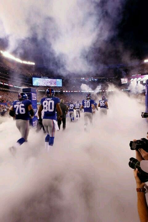 HERE COMES THE GIANTS
