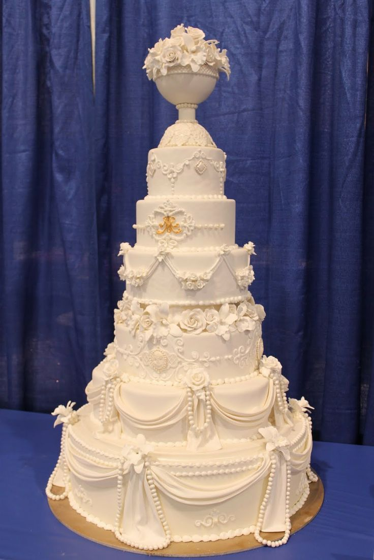 tops for wedding cakes 114 best wedding flowers reception images on 21058