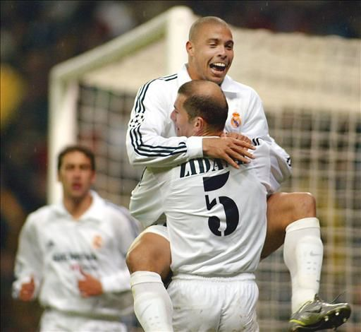 Only Cracks! @R9 and @Zidane and @Raul ! #9ine