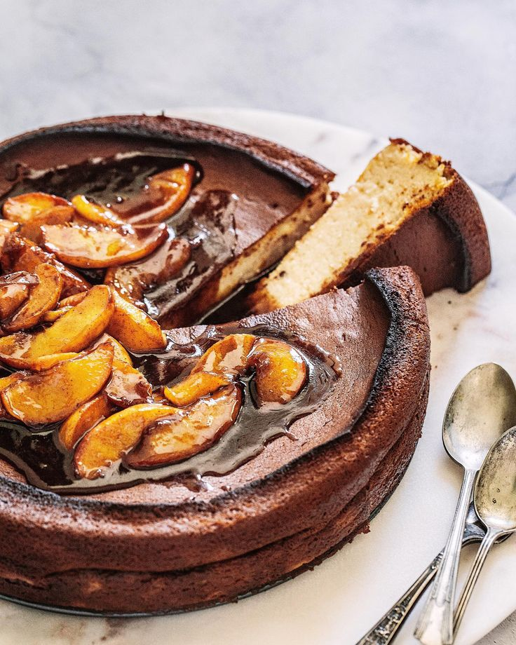 """PEACHY BURNT BASQUE CHEESECAKE :: new today! I'm sharing my take on a beloved Spanish """"Tarte de Queso."""" I've given it a…"""