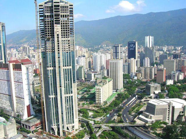 Каракас - столица боливарианской революции. - Caracas - the capital of the Bolivarian revolution.
