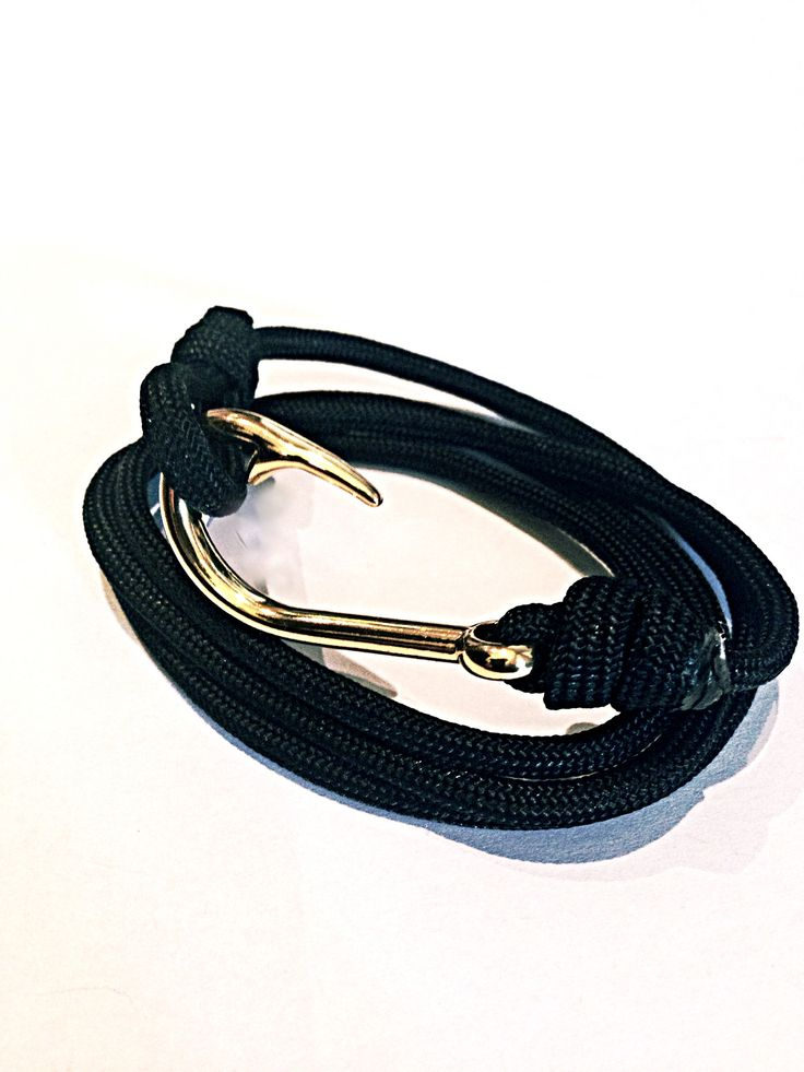 Elli & Moretti Rome Survival club bracelet: Cool Parachute 550 pounds breaking strength cord handmade Gold plated Anchor bracelet.  You're a pro. Let it show. Grab your bracelet now. www.ellimoretti.com