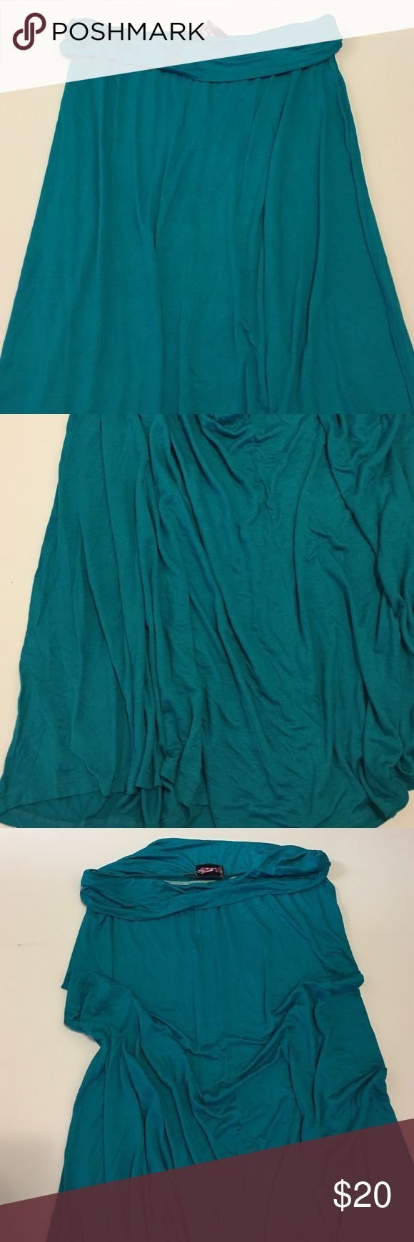 Teal Maxi Skirt Stunning teal maxi skirt in excellent brand new with tags condition. Brand: Hug. Super chic and stylish! Perfect for summer. Available in multiple sizes while supplies last! Please don't hesitate to comment if you have any questions. Hug Skirts Maxi