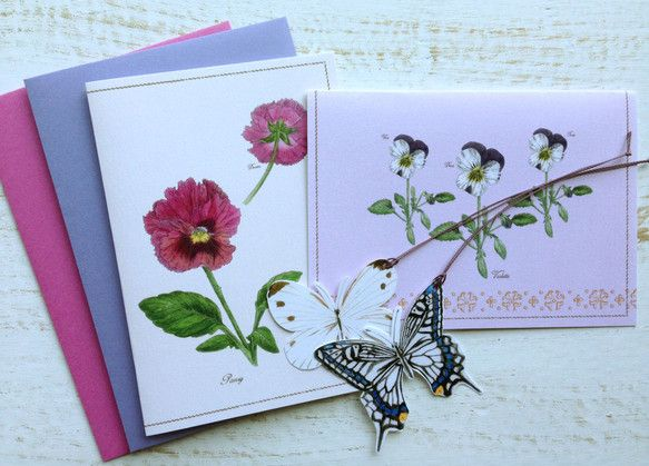 2つ折りのグリーテングカード 蝶のタグ付きです。ボタニカルアートの手法で春の植物を描き、カードにデザインにしました。 中面は無地になります。蝶のタグは、カー... ハンドメイド、手作り、手仕事品の通販・販売・購入ならCreema。