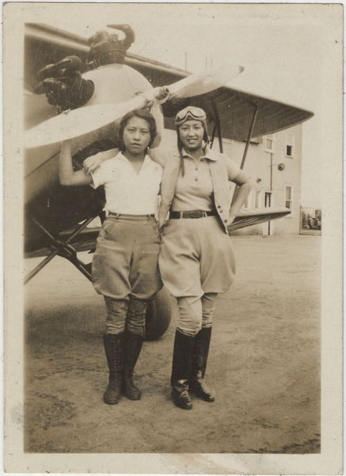 indypendent-thinking:  1932, Chinese-American pilots Hazel Ying Lee and Virginia Wong (via You May Not Know About The First Chinese American...