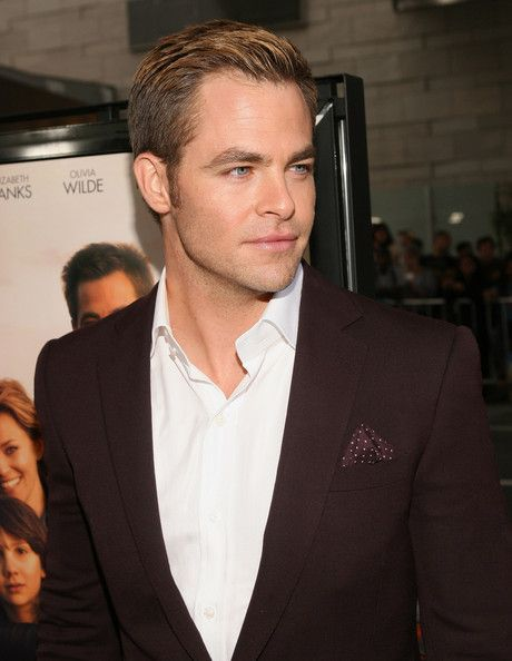 "Chris Pine Photos Photos - Actor Chris Pine attends the 2012 Los Angeles Film Festival Premiere of 'People Like Us' at Regal Cinemas L.A. LIVE Stadium 14 on June 15, 2012 in Los Angeles, California. - Film Independent's 2012 Los Angeles Film Festival Premiere Of DreamWorks Pictures' ""People Like Us"" - Red Carpet"