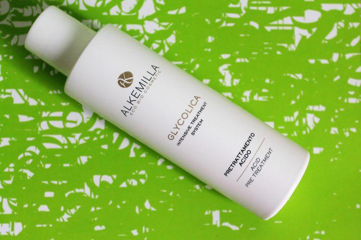 Recensione di Alkemilla - Lozione acida Cerchi un trattamento per la pelle del viso a base di acido glicolico leggero e purificante? esfoliare glicolico macchie