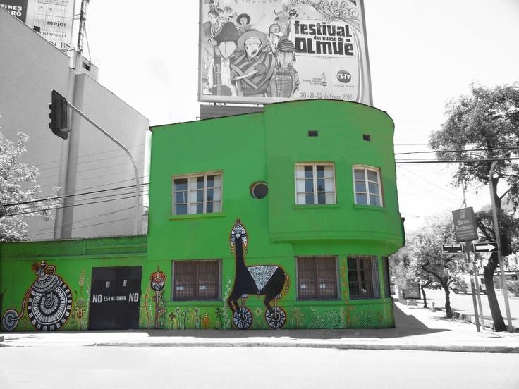 Chilean graffiti is great. Loreto 6, Recoleta, Santiago, Chile