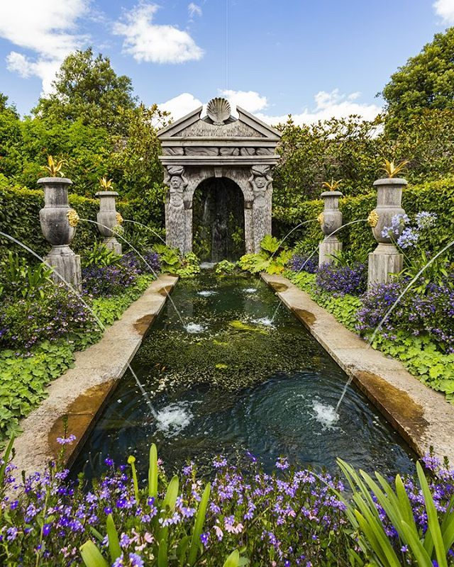 Arundel castle gardens, Arundel, West Sussex, England