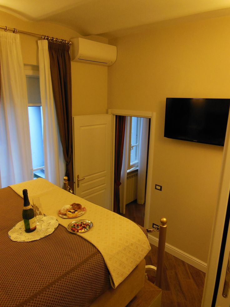 Appartamento - camera matrimoniale - lo stile ed il relax /  Apartment - Double room - style and relax