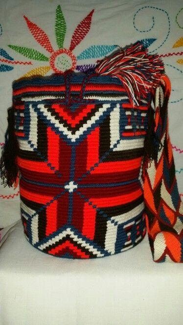 Mochila Multicolor Wayuu - Llamanos o escribe al Whathsapp +57 3012412266 - Directamente desde Riohacha (La Guajira) - Colombia