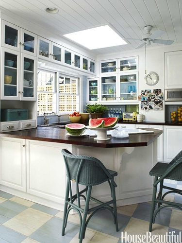 A savannah row house cabinets countertops and floors House beautiful com kitchens