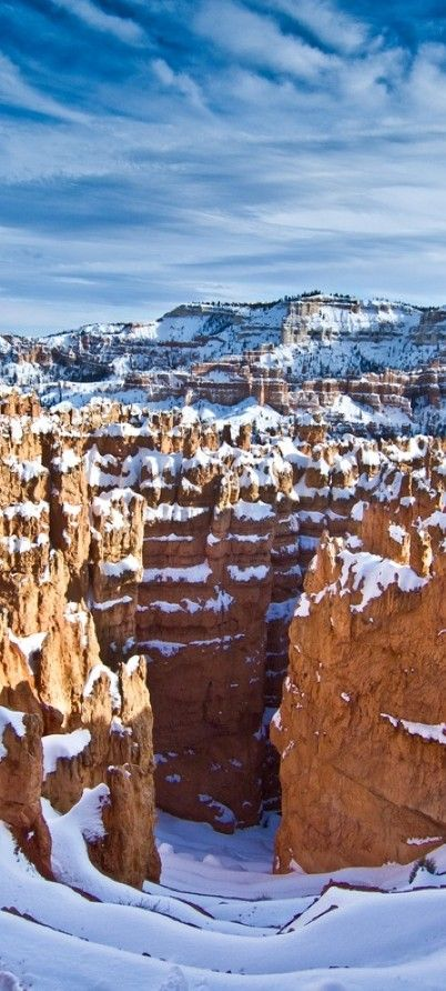 Snowy Bryce Canyon in Utah • photo:  melyli on Flickr www.facebook.com/loveswish