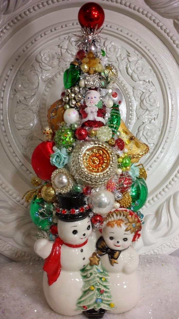 Vintage Ornaments Bottle Brush Tree With Mr & Mrs Snowman