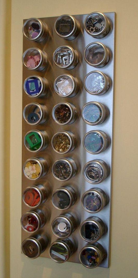 Para poupar espaço, você também pode adquirir um conjunto de potes imantados - Ademilar