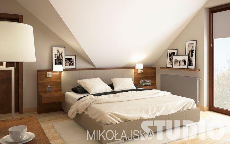 Ciepłe kolory - niskie łóżko, wykończenia w drewnie