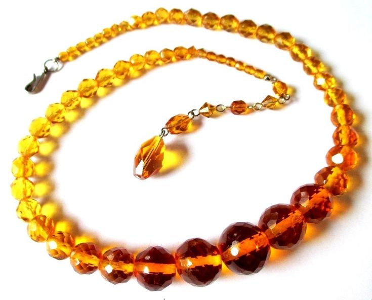 Vintage 2 Tone Graduated Czech Gold Amber Colored Faceted Crystal Beads Necklace #vintagefashion #vintagebeads