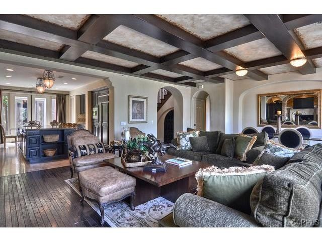 Nice family room in  Turtle  Rock in  Newport  Beach  The like the  beamed   ceilings    Family Rooms   Pinterest   Casa  Camere familiari e Tartarughe. Nice family room in  Turtle  Rock in  Newport  Beach  The like the