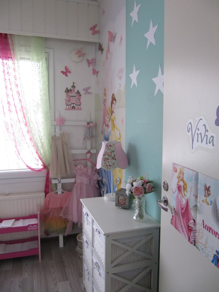 Vivia´s Room, Mdf moldings ladder diy, Hama castle, paper butterfly, Princess Room