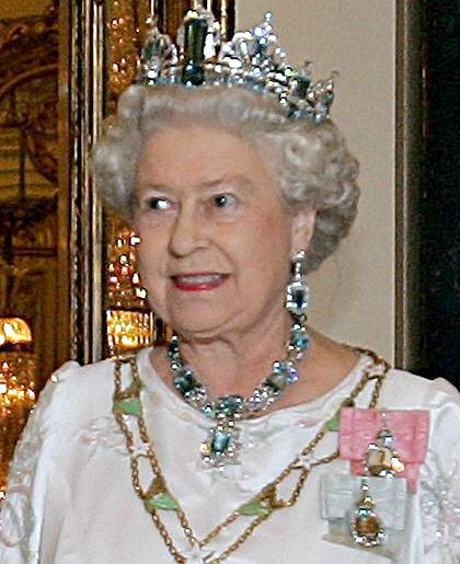 Queen Elizabeth II Misses New Year's Day Church Service | BelleNews.com