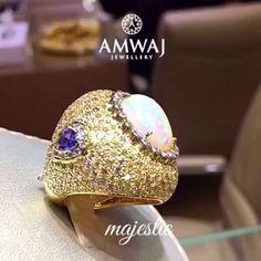 A very majestic ring by Amwaj Jewellery.  #amwaj_jewellery #jewelry #exclusive #diamonds #bride #love #simplyabudhabi #mydubai  #luxury #uae #q8 #abudhabi #ksa #love #bahrain #beauty #wedding  #women #qatar #fashionista #dubai #style #saudiarabia  #gift #vip #necklace #middleeast #trendy #October #kuwait (=)