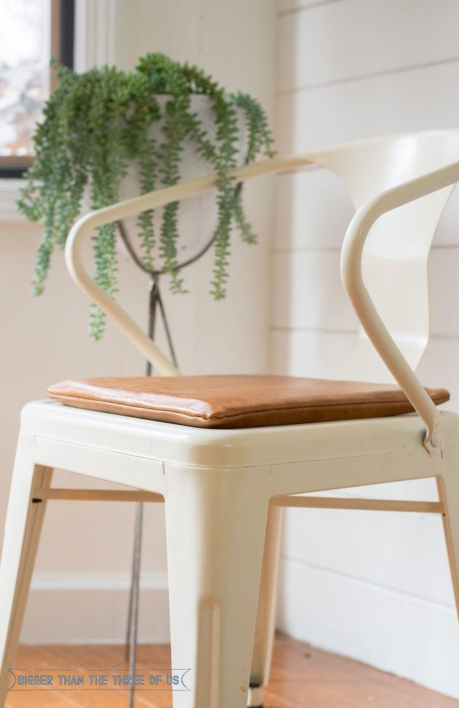 How to Make a Modern Seat Cushion