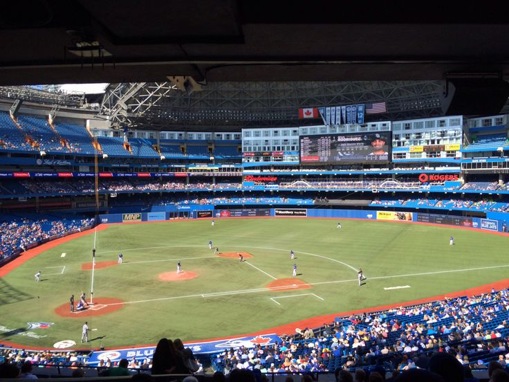 All summer long the Toronto Blue Jays are playing at the Rogers Centre  #Toronto #BlueJays #RogersCentre #Skydome #CNTower #MLB