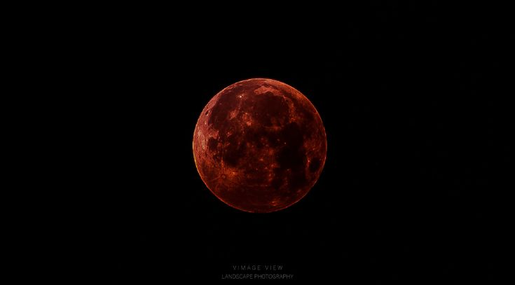 Bloody Marie by Laurens Andreas Vermeyen   #BloodMoon #BloodMoonEclipse #Astrophotography #YouPic
