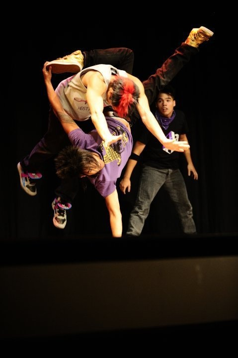 Now this is the art of movement! Quest Crew!